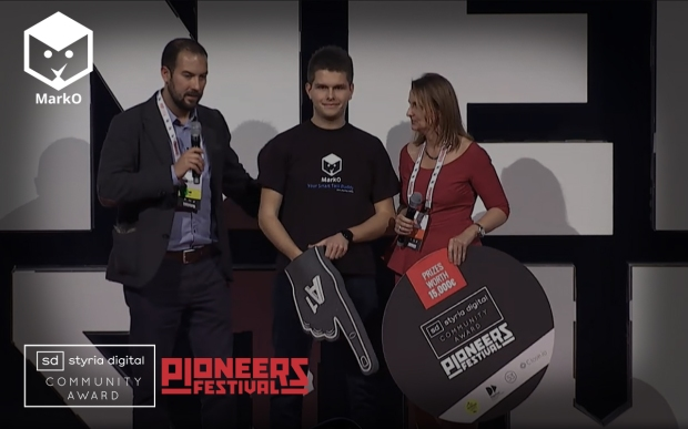 MarcO winning the Community Award at Pioneers Festival 2014